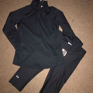 Woman's Under Armor Workout Suit/ Capri Pants